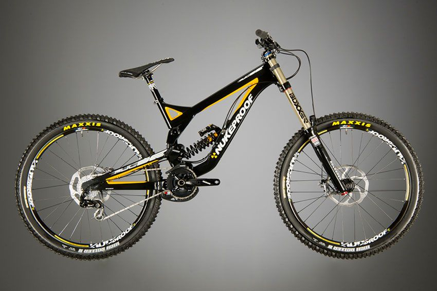 Nukeproof Pulse Pro Downhill Mountain Biking Downhill Bike Bike