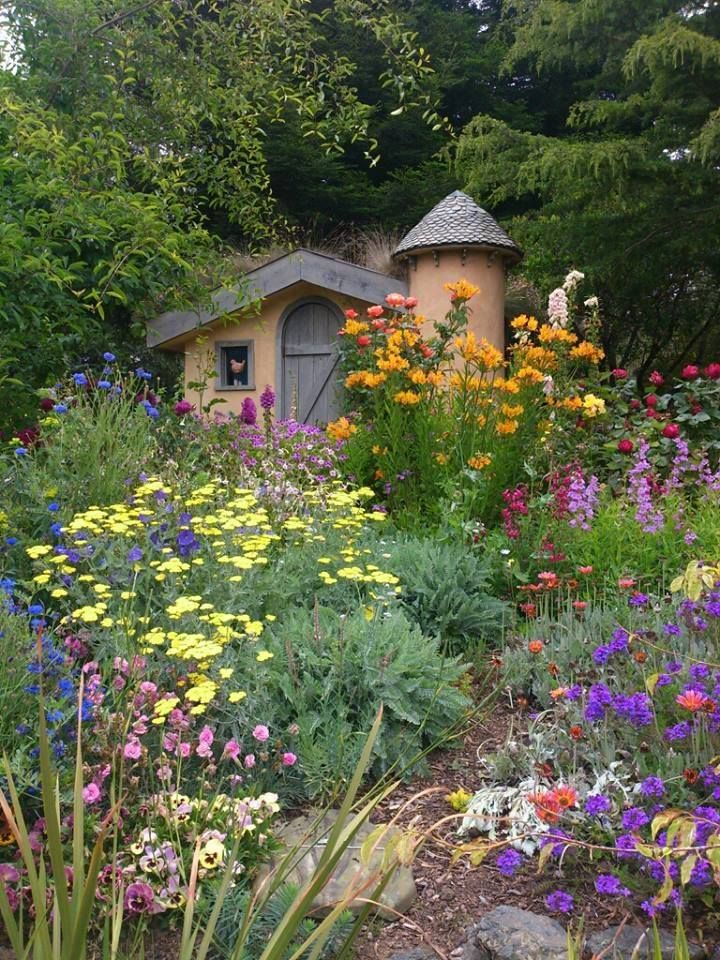 Sweet Colorful Old Fashioned English Cottage Garden! My Kind Of Crazy,  Explosion Of Colour Garden.