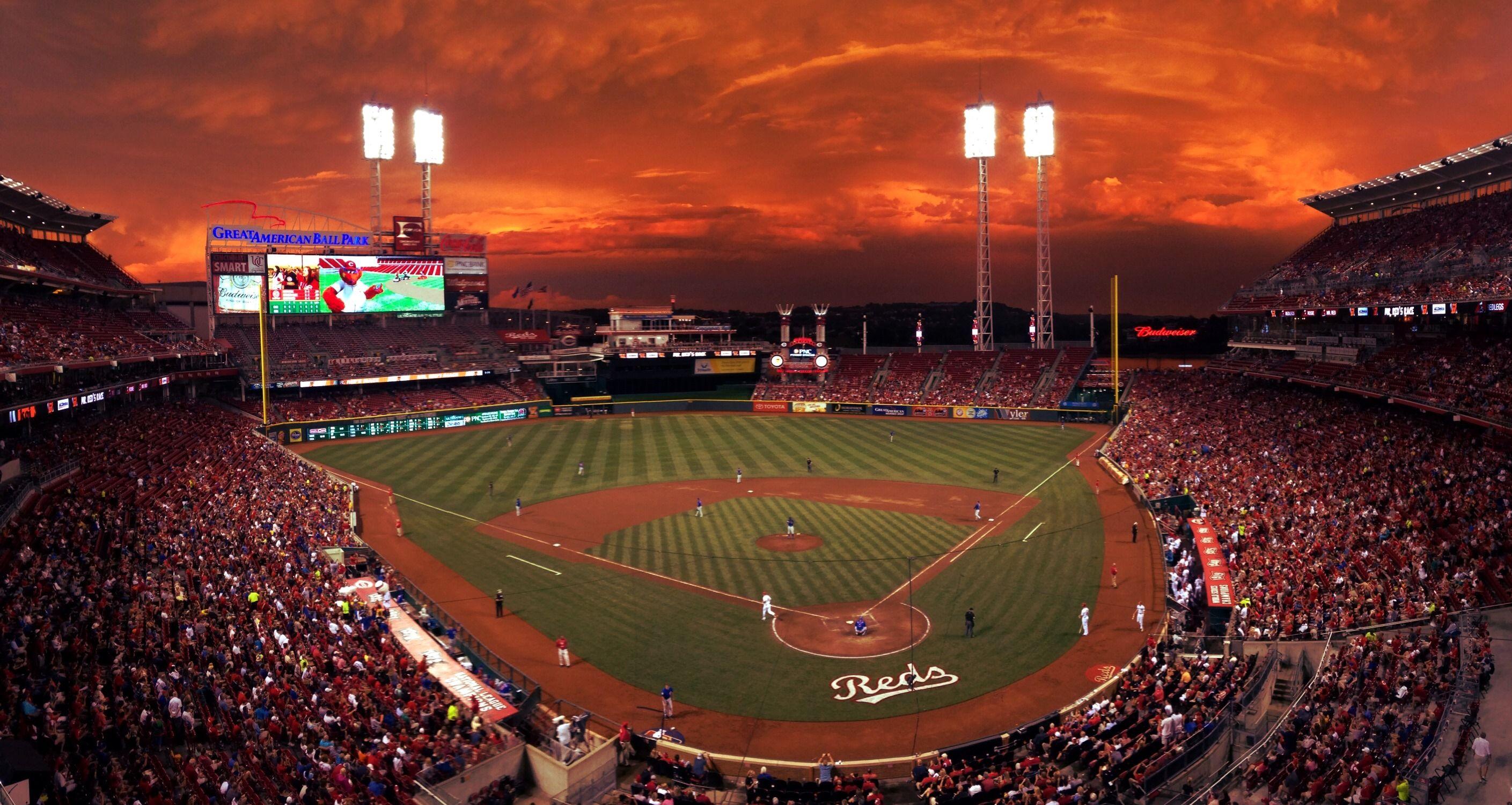 Great American Ballpark At Night Google Search Cincinnati Reds Game Cincinnati Reds Reds Game