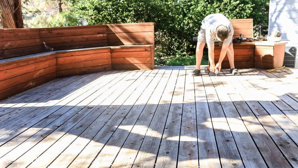 How To Restore Your Neglected Deck Diy Deck Restoration Diy