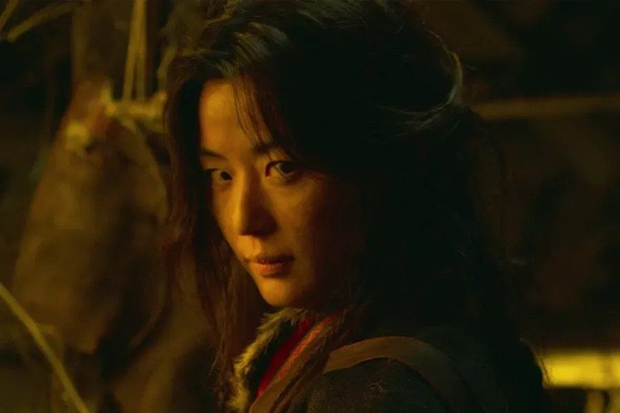 """""""Kingdom"""" To Release Special Episode Centering Around Jun Ji Hyun's Character"""