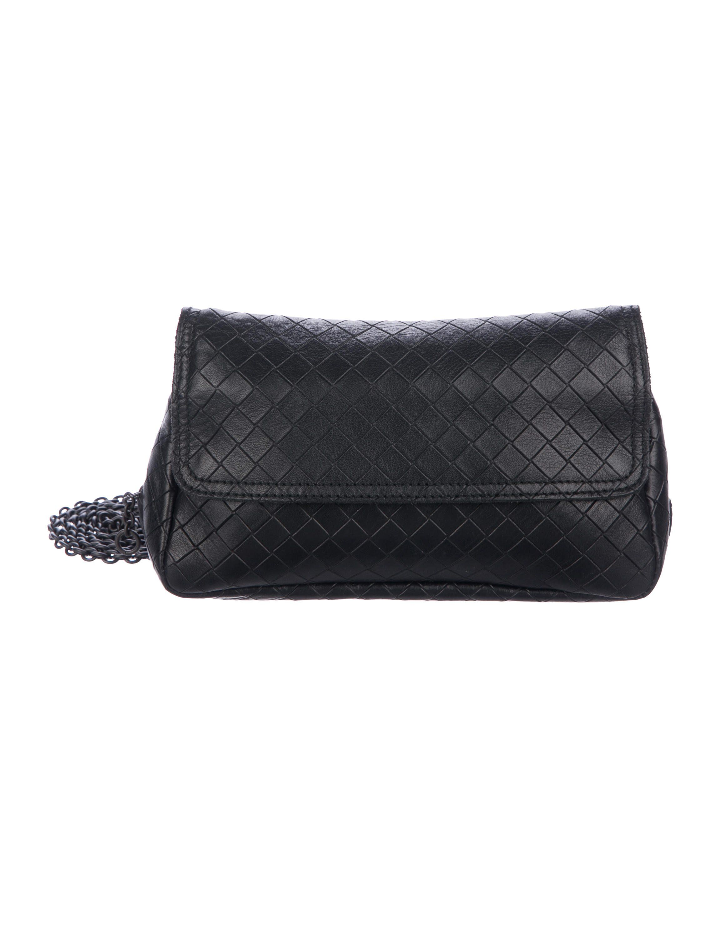 140597e71c5 Black Intrecciato-embossed leather Bottega Veneta Messenger bag with  gunmetal hardware, single detachable chain-link shoulder strap, single  exterior zip ...