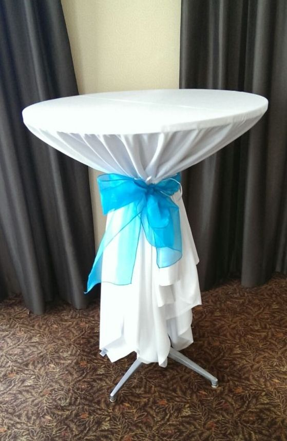 Charming High Top Table Linens Part - 6: Turqouise Organza Sash Tie On High Top Tables At Park Plaza Bloomington By  Deckci Decor