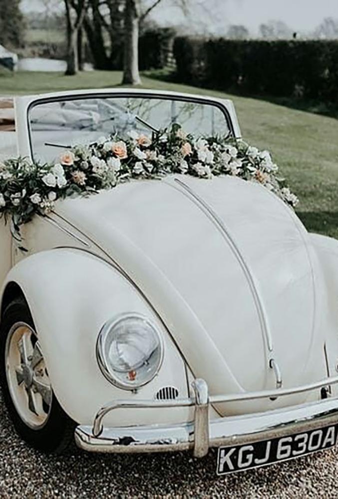30 superbes idées de décoration de voiture de mariage | Page 2 sur 11 | Mariage en avant   – Wedding