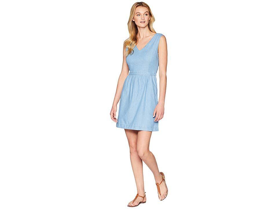 bfcc092a6c1 Levi s(r) Womens Joelle Dress (Light Wash) Women s Dress. Make sure ...