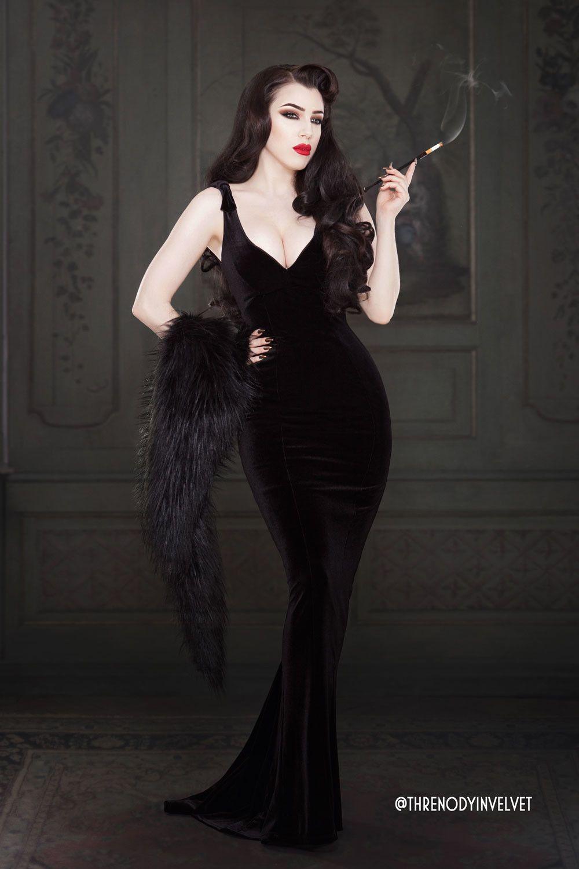 Laura byrnes california gilda gown in black velvet black velvet