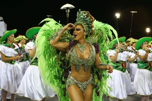 Viviane Araújo - Mancha Verde | Conheça as musas do Carnaval 2016 de São Paulo