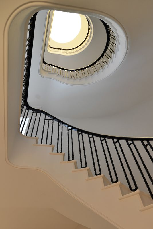 Best Bespoke Staircase In London Bespoke Staircases 400 x 300
