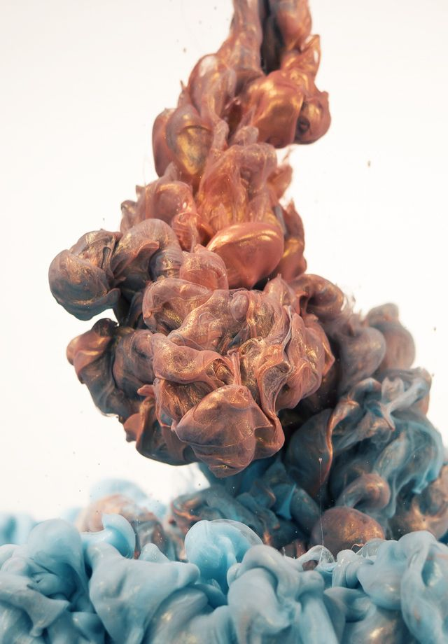 Glittering Metallic Ink Clouds Photographed by Albert Seveso