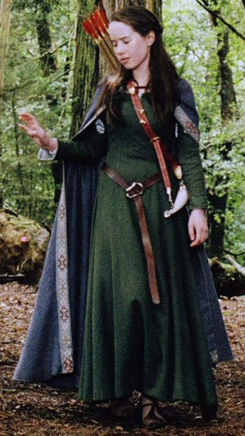 Queen Susan - Renaissance Costume - Royalty - Belt - Archer - Arrows - Cape  sc 1 st  Pinterest : renaissance female archer costume  - Germanpascual.Com