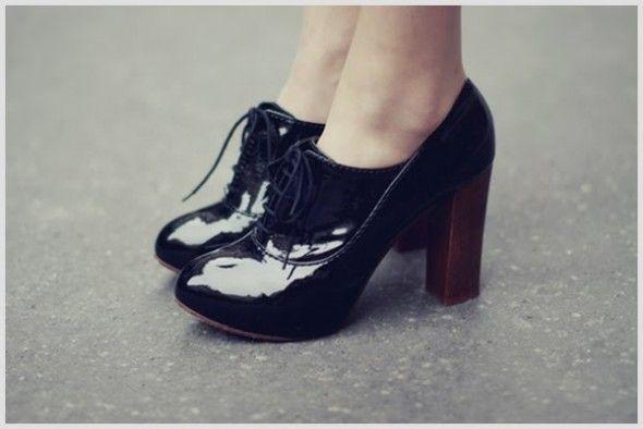 Oxford | Wearables | Sapatos salto, Oxford salto, Oxford