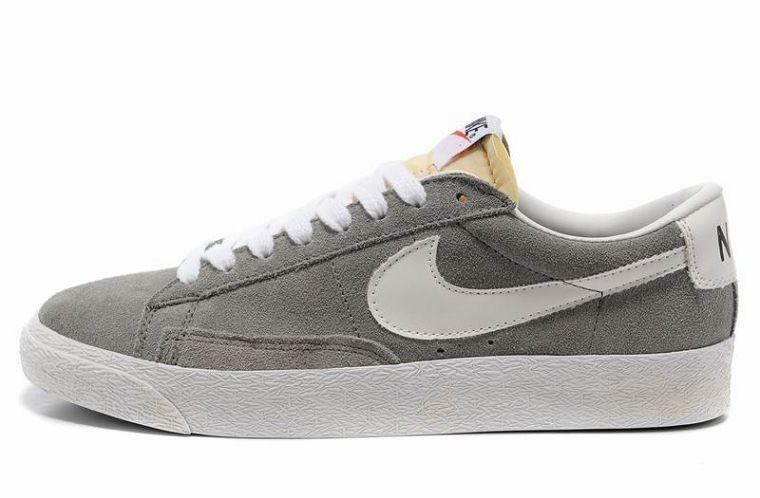 Nike Blazer Basse Homme Premium Vintage Daim Loup Gris Blanc ...
