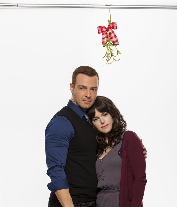 About Hitched For The Holidays Christmas Movies On Tv Family Christmas Movies Hallmark Channel