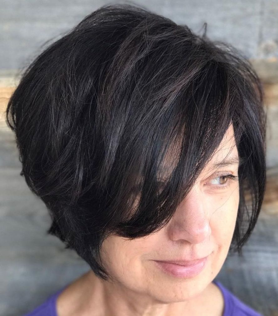 classy and simple short hairstyles for women over bobs edgy
