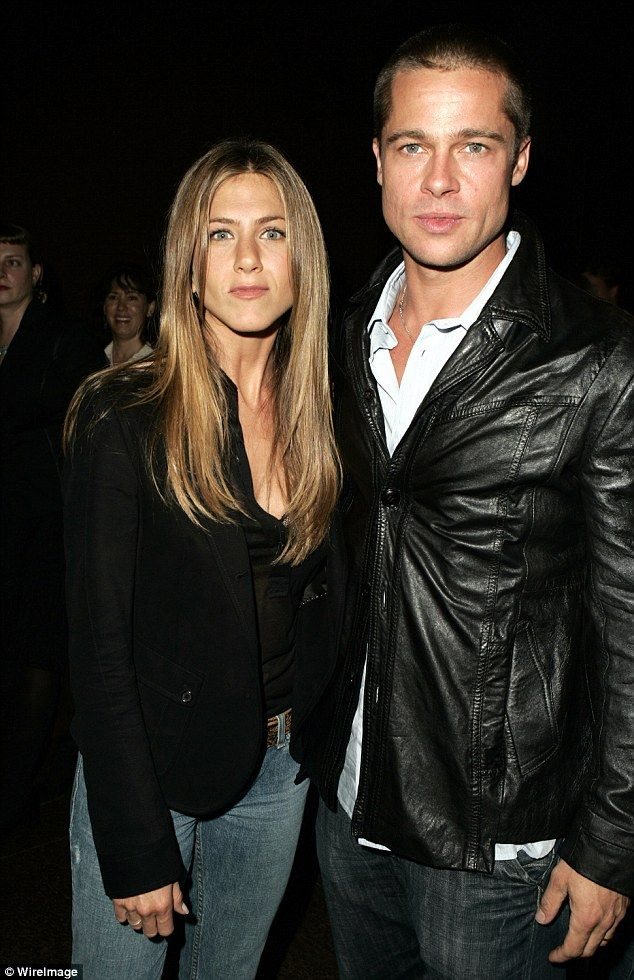 Jennifer Aniston addresses her divorce from Brad Pitt