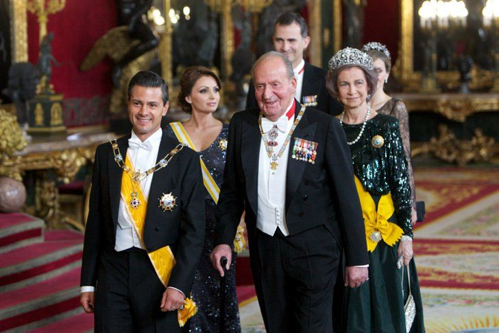 Pin for Later: The Spanish Royals Host One Very Glamorous Dinner