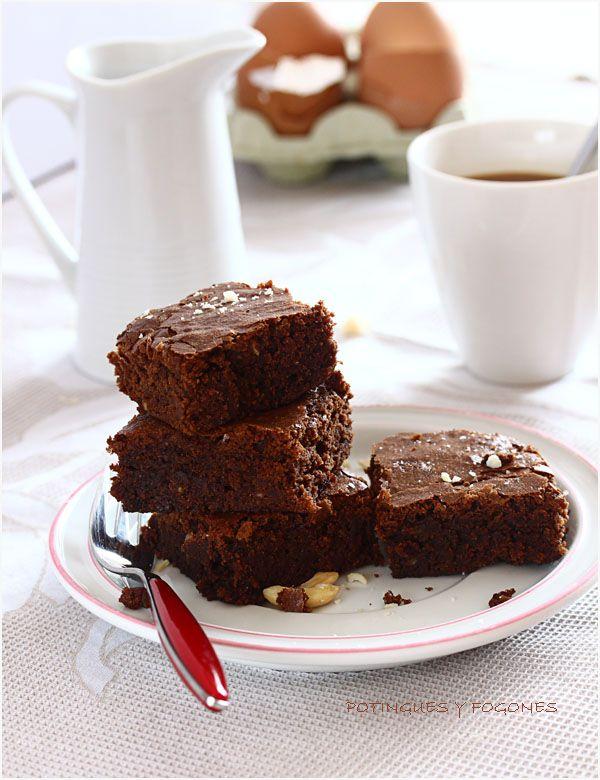 POTINGUES Y FOGONES: Brownie de chocolate y almendra