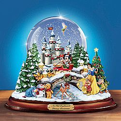 Disney Christmas Snow Globes.Disney Illuminated Christmas Snow Globe Schneekugeln