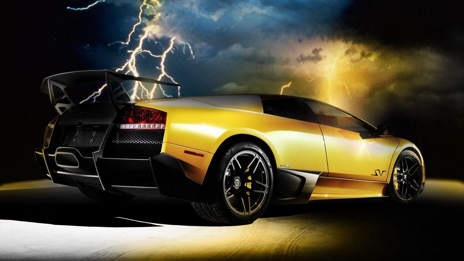 Cool Gold Wallpaper Cool Lamborghini Wallpaper In 2020 Hd Wallpapers Of Cars Cool Wallpapers Cars Lamborghini Wallpaper Iphone