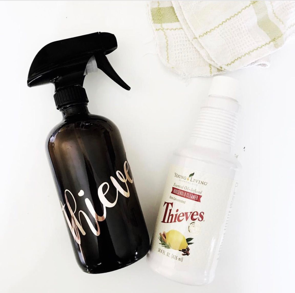 Thieves cleaner is a blend of Clove, Lemon, Rosemary, Cinnamon and ...