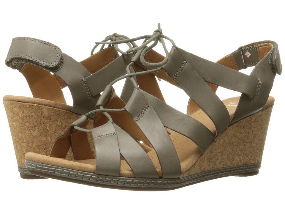 CLARKS CLARKS - HELIO MINDIN (SAGE LEATHER) WOMEN'S SANDALS. #clarks #shoes