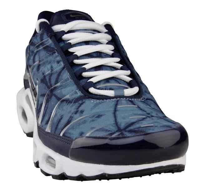 Pin on Sneakers: Nike Air Max Plus