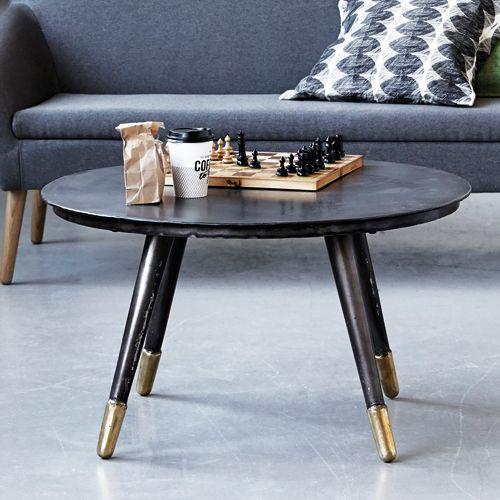 table basse en fer noir pieds en laiton