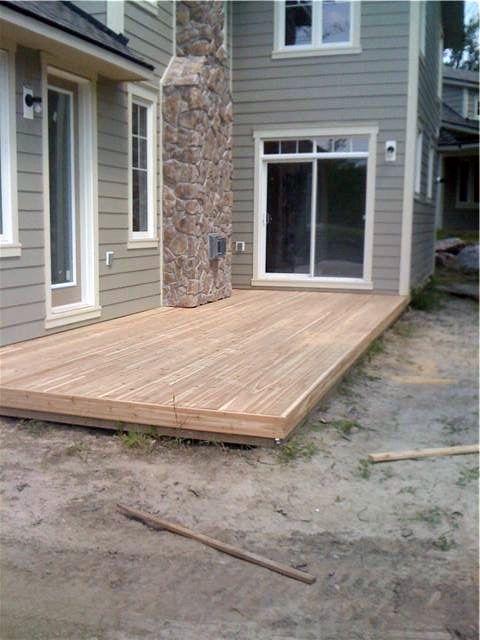 Backyard Deck Oasis