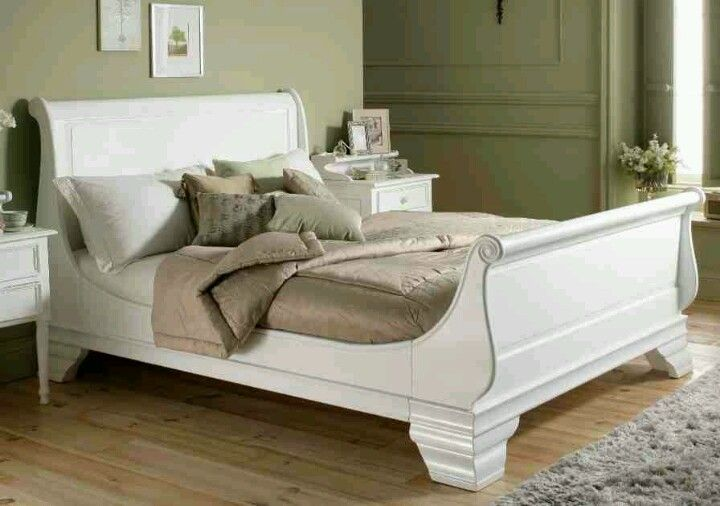 White Sleigh Bed Add Moulding To Ours To Dress It Up White