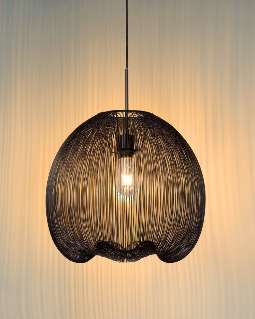 Hanglamp Wirio Van Lucide Is Een Stoere Metalen Hanglamp Met Een Sierlijk Design Makkelijk Te Combinere Ceiling Pendant Lights Unique Lampshades Pendant Light