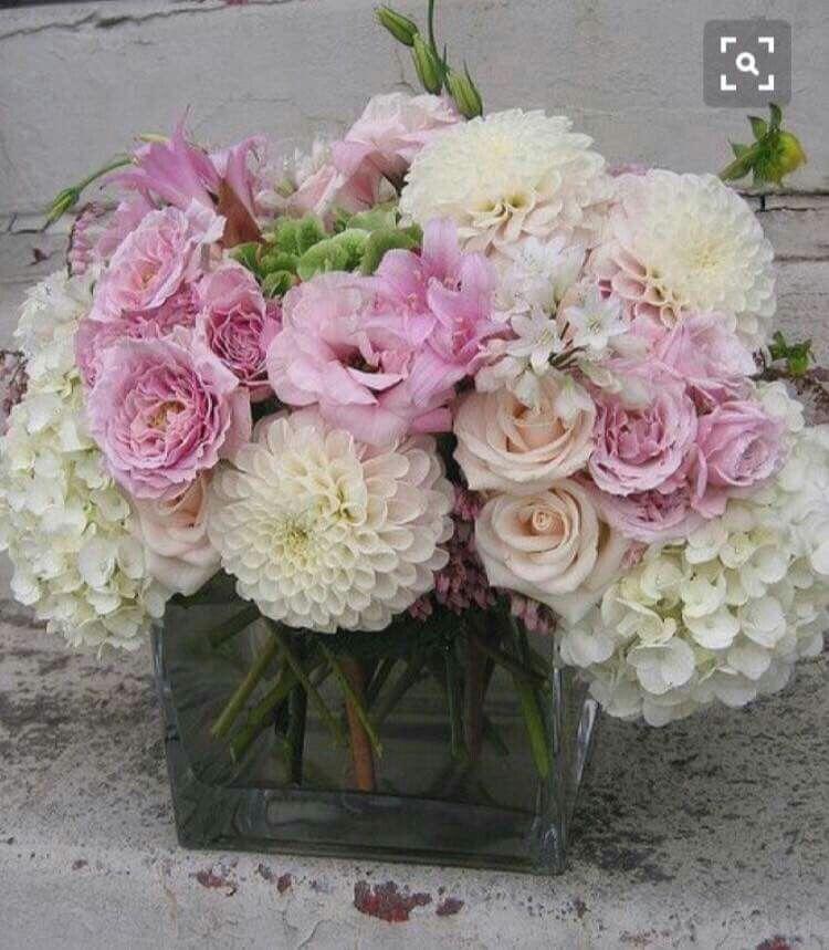 pin by dawn loscri on flowers pinterest fleurs bouquet and bouquet de fleurs. Black Bedroom Furniture Sets. Home Design Ideas