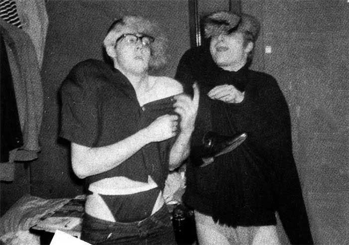 Paul McCartney and John Lennon | Rare, weird & awesome celebrity photos #celebrityphotos