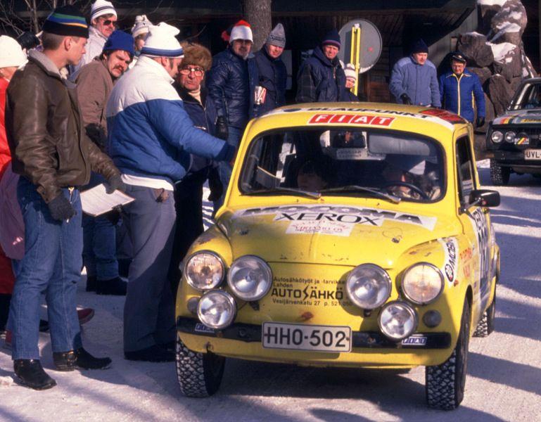 Hankirallin 1987 lähdössä Espoon Otaniemessä N:o 282 Pasi Lehtinen - Minna Blom, Zastava 750