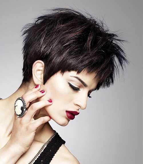 Short Hairstyle For Dark Hair Jpg 500 570 Pixels Haarschnitt Kurz Kurzhaarfrisuren Haarschnitt