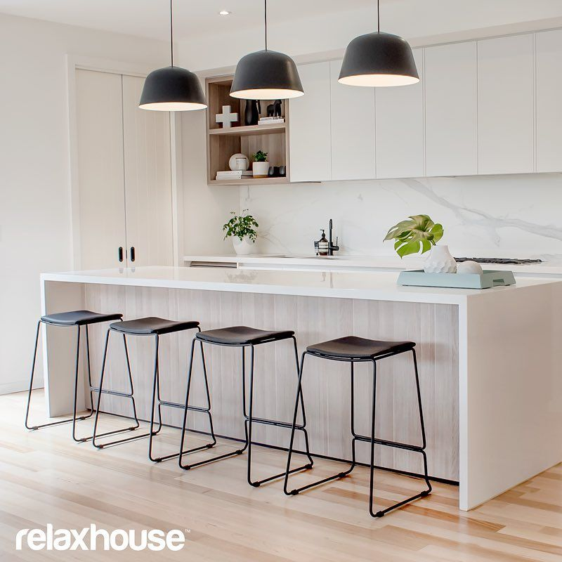 Add Your Kitchen With Kitchen Island With Stools: Add A Structured Contemporary Look To Your Kitchen With