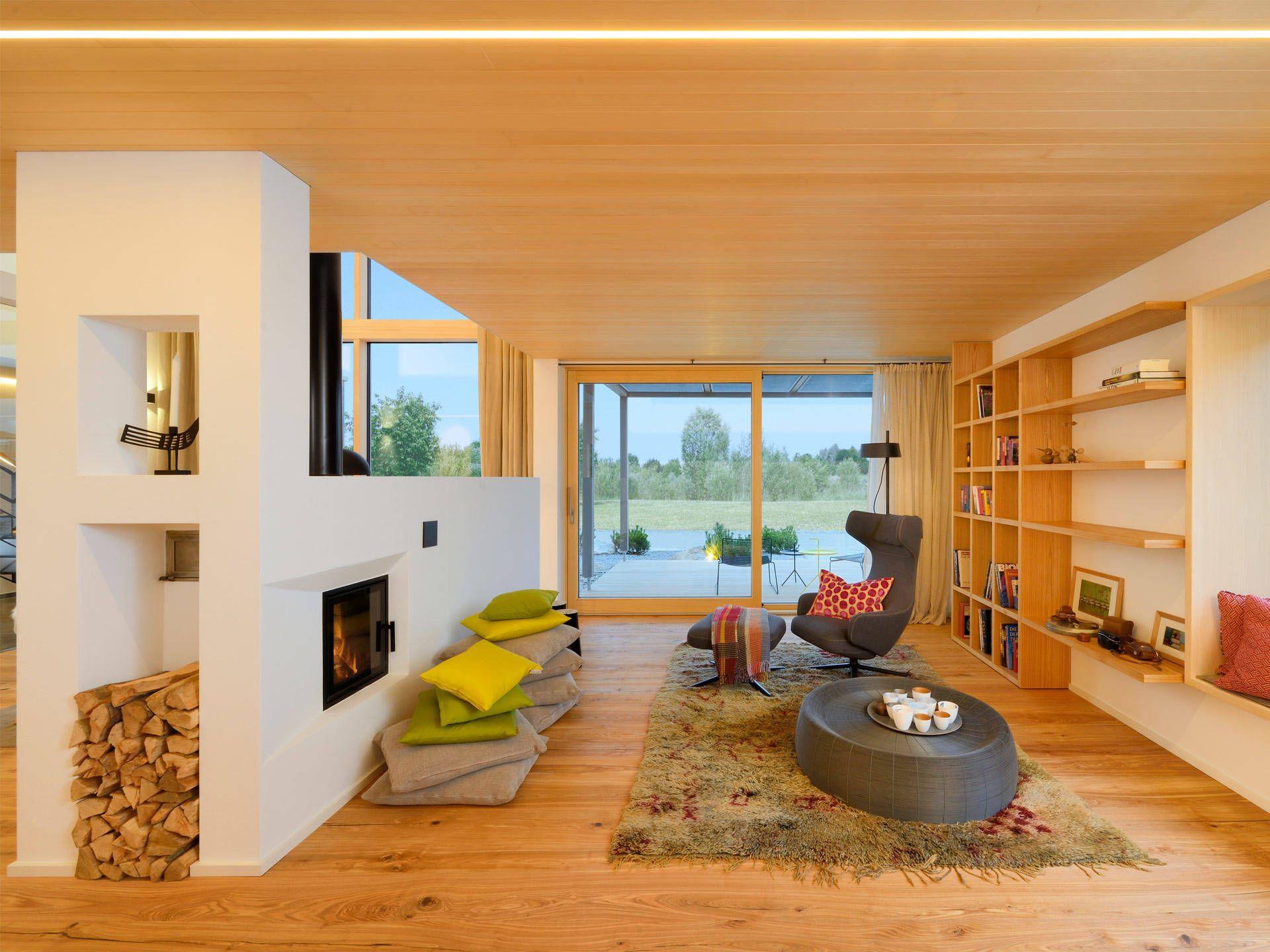 Wohnbereich im Musterhaus Alpenchic von Baufritz • Mit
