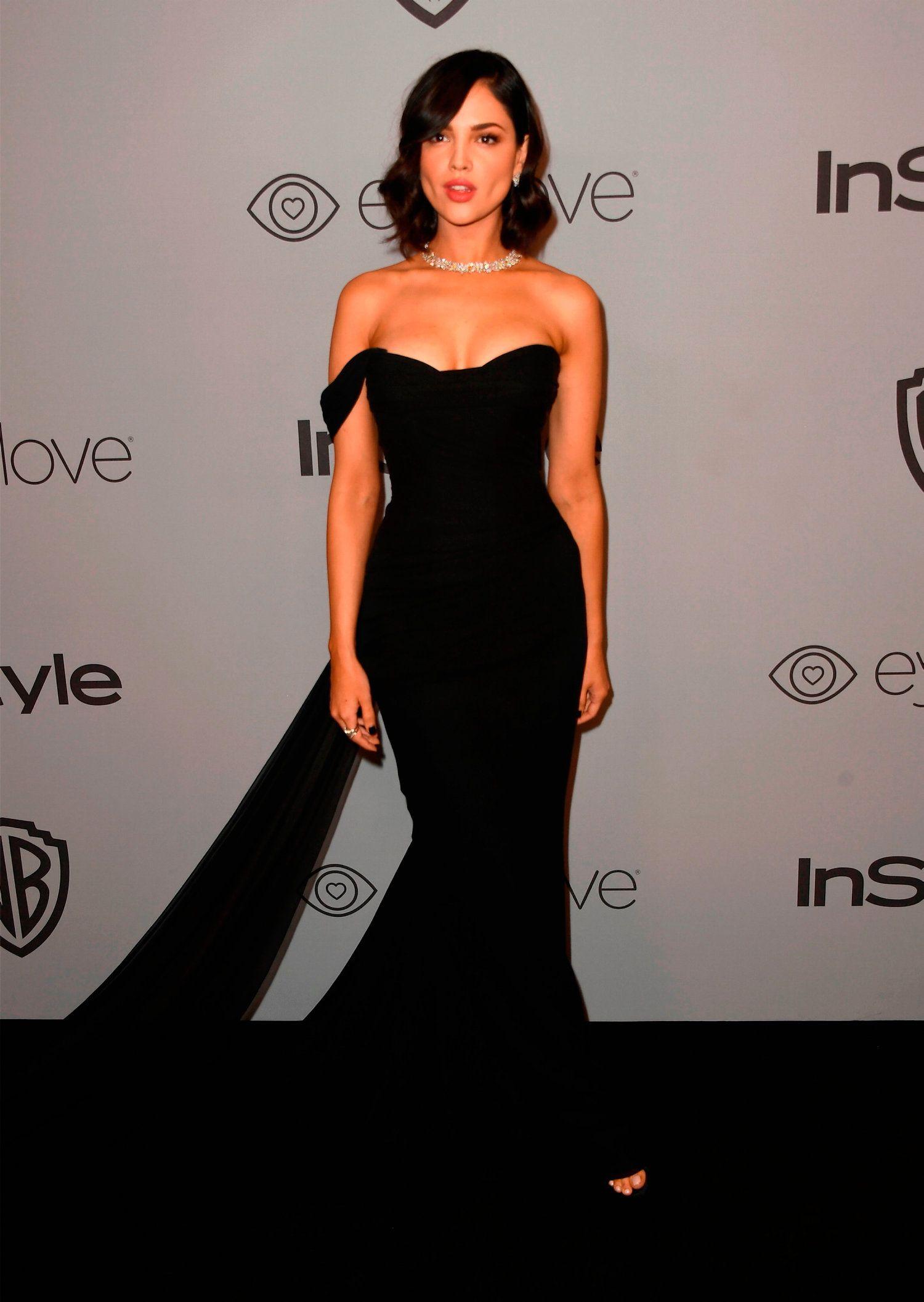 Eiza Gonzalez in Romona Keveza Evening Dresses For Weddings 15ecf07f4bc0