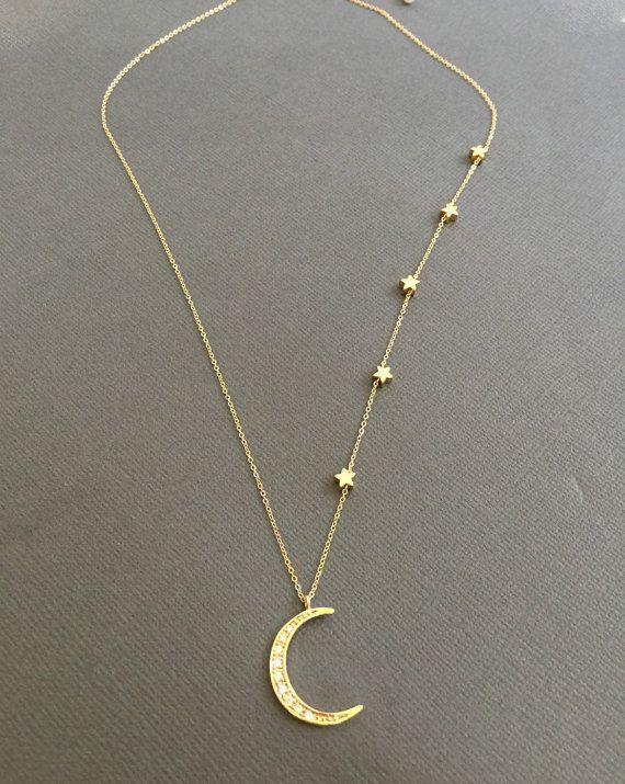 5ce8bd69a6f4 Collar de estrellas chapado en oro collar de luna de por Muse411
