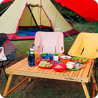 どのクルマでも使える基本テクニック キャンプ道具の積み方の基本 Hondaキャンプ キッチンテーブル ドリップスタンド キャンプ道具