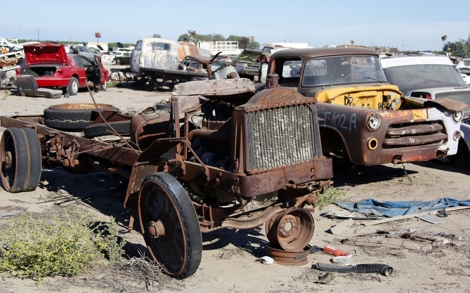 Junkyard Vintage Cars Turners Auto Wrecking Fresno