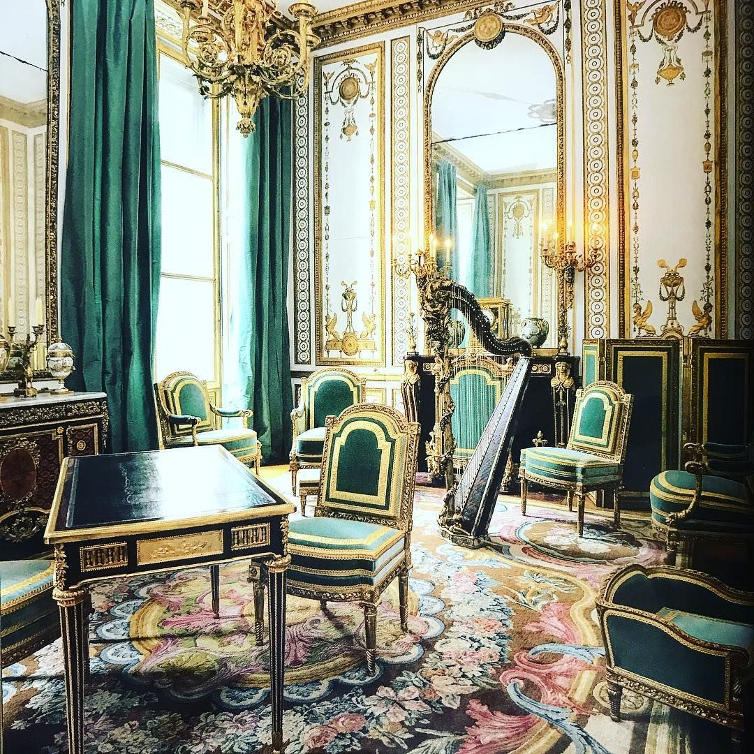 The cabinet dore, on the 2nd floor of the Chateau of Versailles, is one of  the most beautiful rooms of the queens apart…   Versailles, Historic homes,  Baroque decor