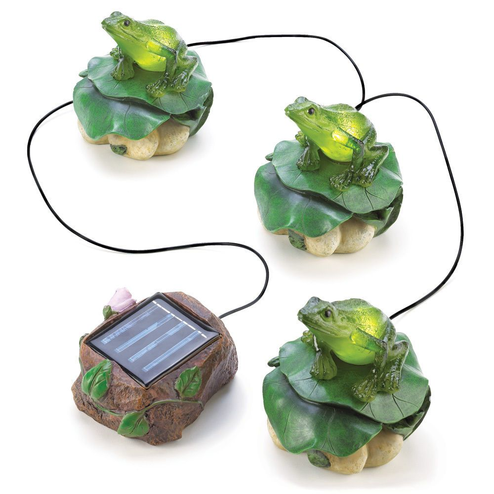 Solar Powered Frogs Garden Decor New Outdoor Animals Home Figurine Trio Light