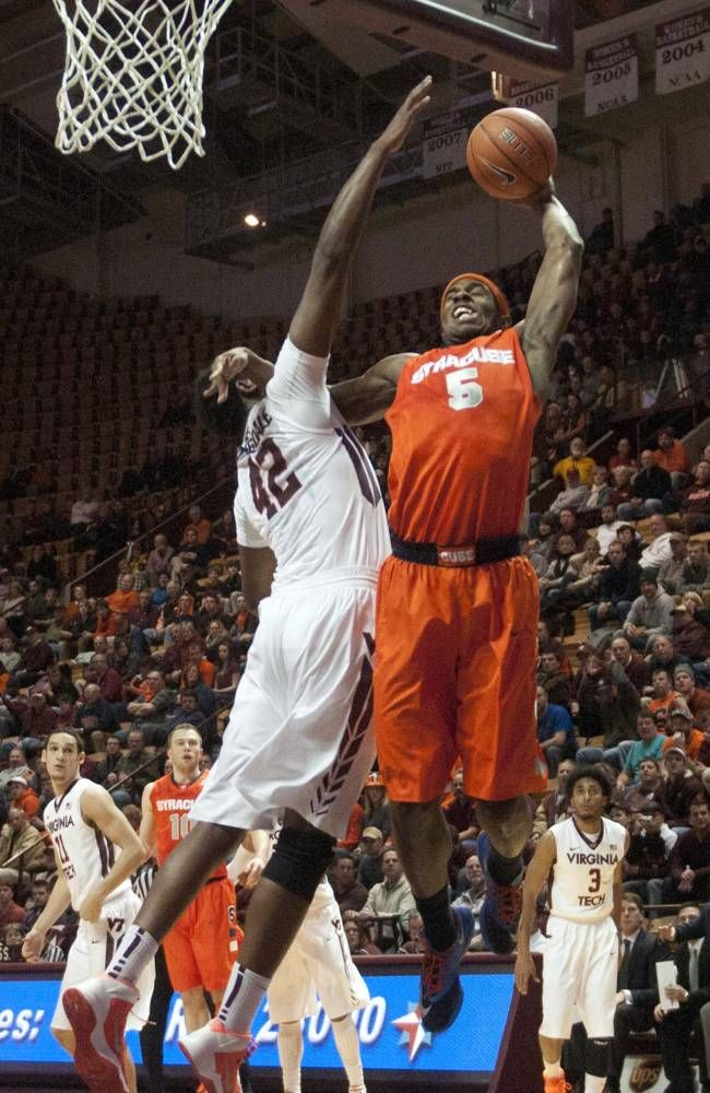 Syracuse's C.J. Fair (5) goes up for a basket against