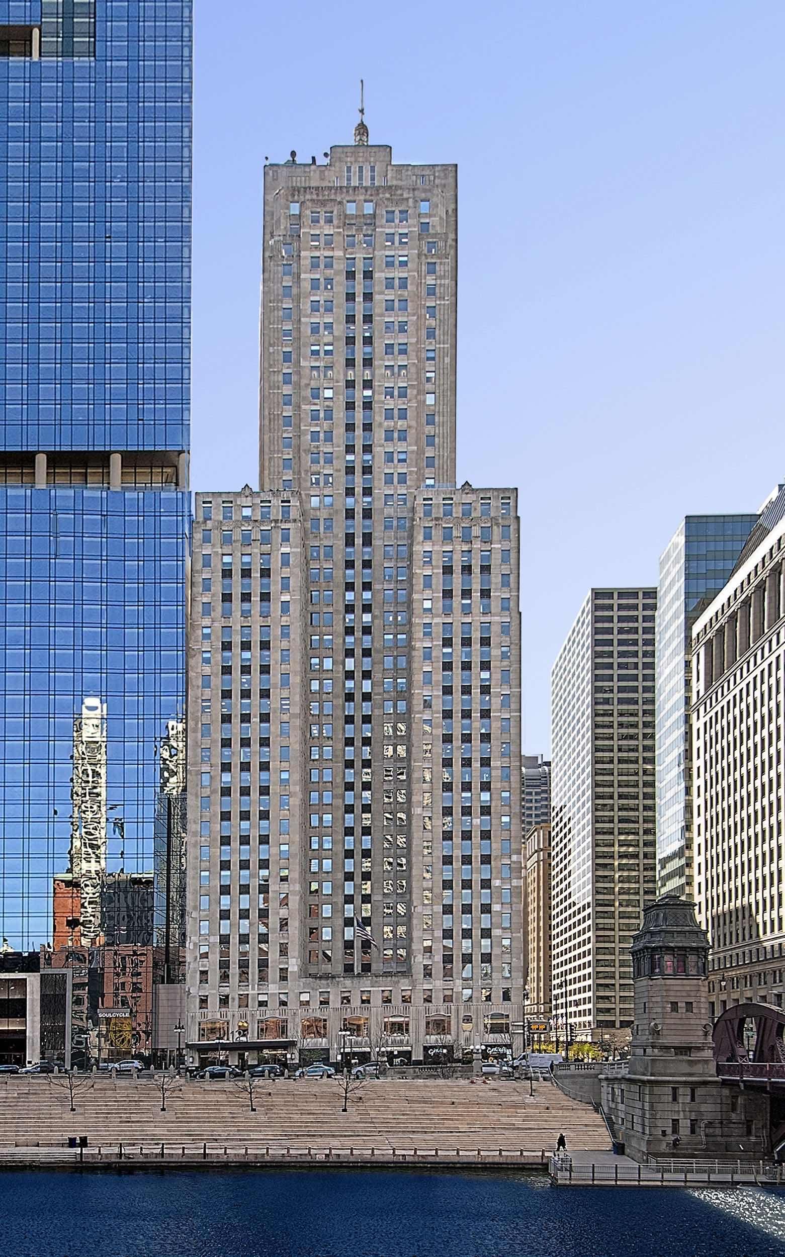 Visit us today Chicago Showroom 121 W Walker Dr Suite 1007