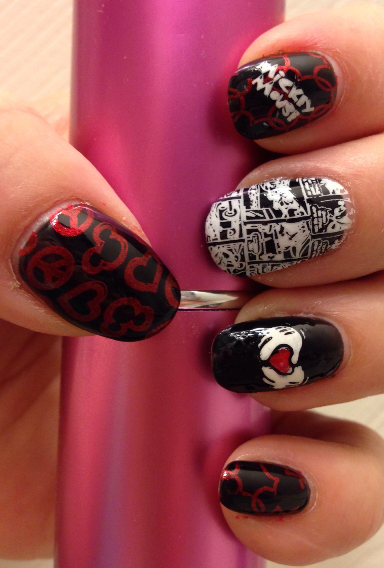 Mickey Mouse mani! Nail stamping art   nail art   Pinterest