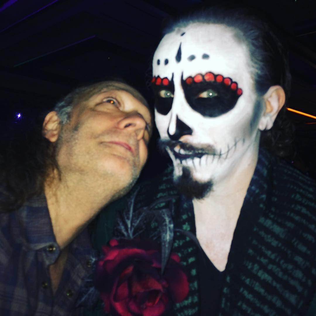 Posted by Tovah Feldshah Walker Stalker ATLanta Halloween party ...