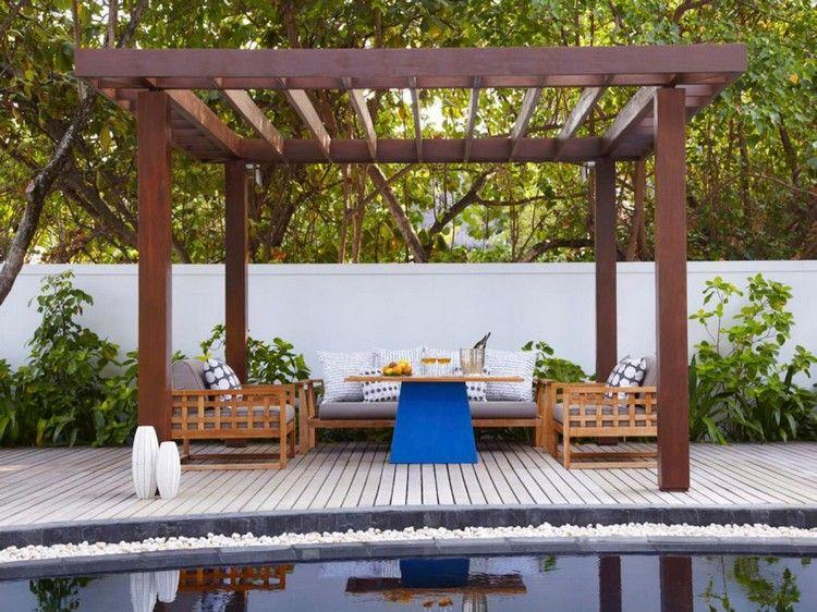 freistehende Holz Pergola auf der Terrasse Hausgestaltung - terrasse aus holz gestalten gemutlichen ausenbereich