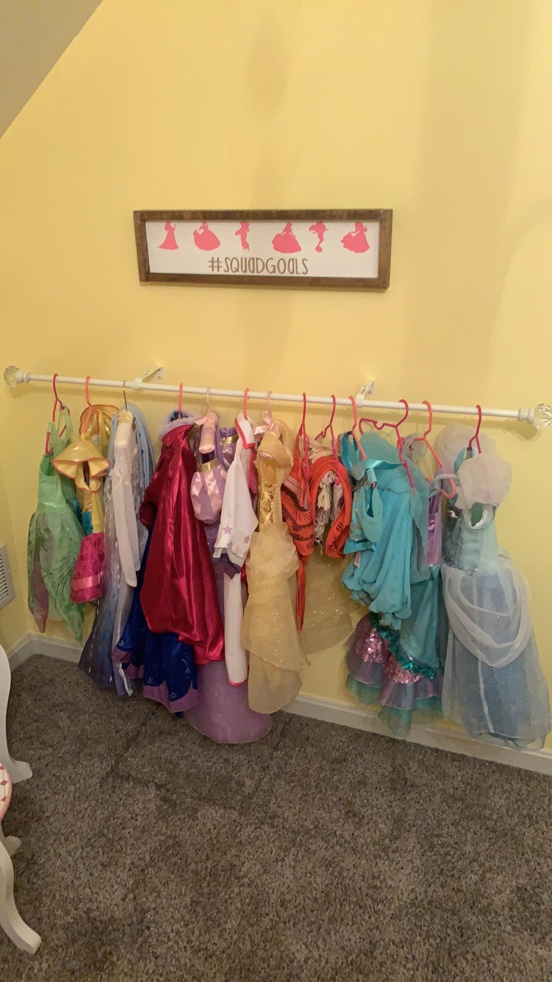 Princess Lover Room In 2020 Yellow Bedroom Shop Signs Kids Bedroom