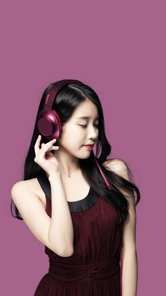 5 Colors Iu For Sony Headphones Daily K Pop News Latest K Pop News Aktris Selebritas Selebriti