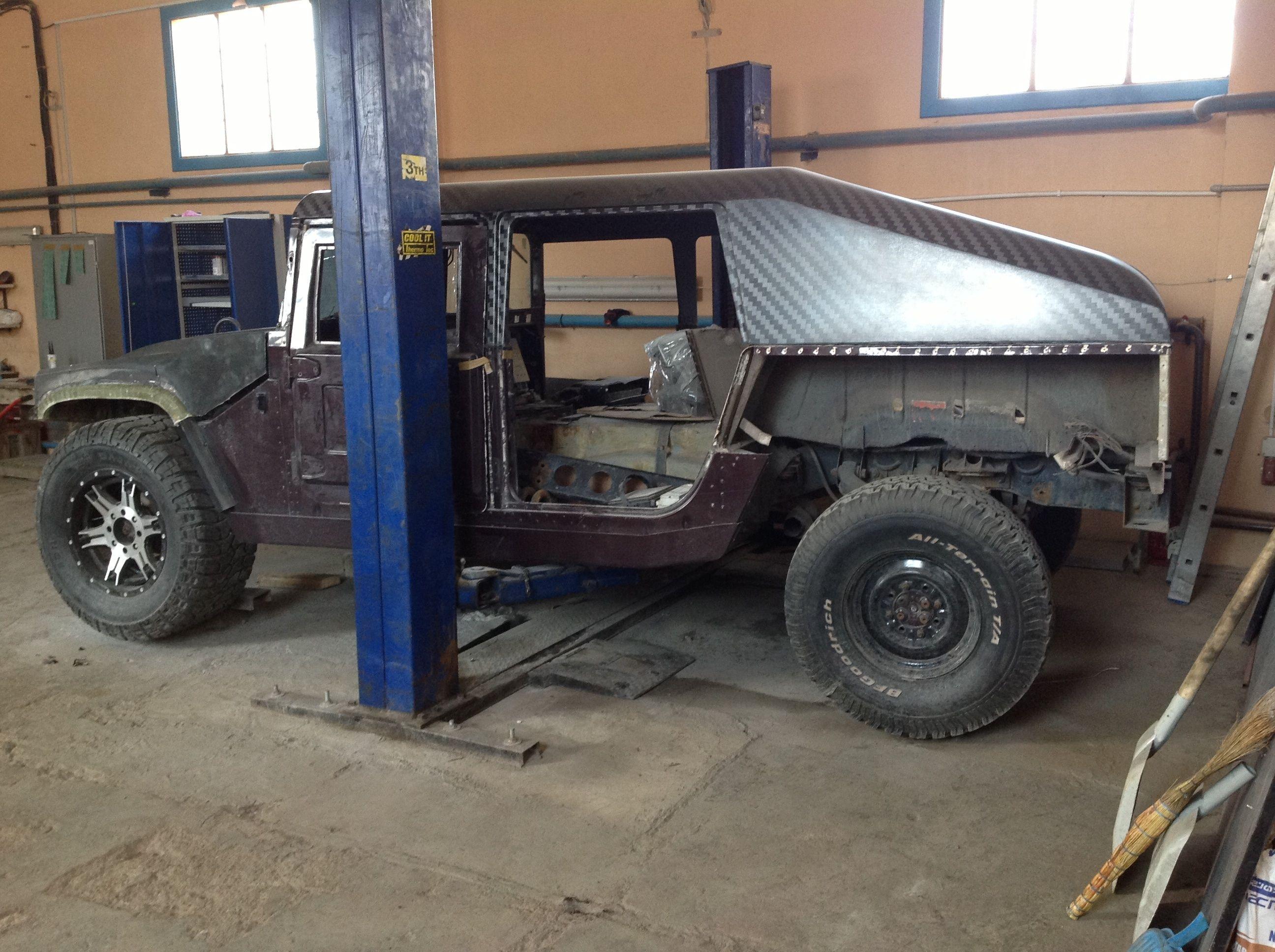 carbon fiber slantback wow hummer h1 and hmmwv or humvee hummer h1 carbon fiber tfr jeeps motorcycle vehicles